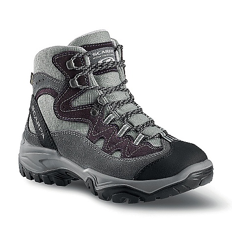 Camp and Hike Free Shipping. Scarpa Women's Cyclone GTX Boot DECENT FEATURES of the Scarpa Women's Cyclone GTX Boot Extended Comfort Gore-Tex for protection with maximum breathability Vibram sole provides reliable traction in all conditions Bi-directional ankle flex Nylon shank provides support without weight The SPECS Upper: Nylon/Suede Lining: Gore-Tex - Extended Comfort Insole: Nylon Midsole: PU Sole: Vibram Energy Weight: 1/2 pair: 1 lb / 454 g - $168.95