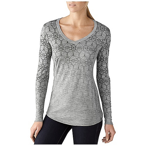 On Sale. Free Shipping. Smartwool Women's Long Sleeve V-Neck DECENT FEATURES of the Smartwool Women's Long Sleeve V-Neck Semi-Form Fit Jersey knit; UPF 20 V-neck with self fabric collar, set-in sleeves, and shaped side panels Tonal graphic on Silver Gray, Arctic, and Wine colorways Signature SmartWool striped neck tape and internal contrast color space dye thread Logo clip label at left hip The SPECS Fabric: 100% Merino Wool Garment Weight: 5.99 oz / 170 g Fabric Weight: 4.8 oz/yd2 / 165 gm/m2 - $67.99