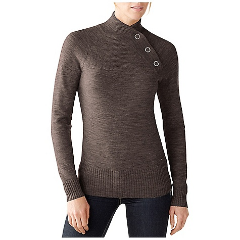 On Sale. Free Shipping. Smartwool Women's Willow Lake Button Mock DECENT FEATURES of the Smartwool Women's Willow Lake Button Mock Semi-Form Fit Jersey knit body with hurdle rib collar and front yoke Oversized asymmetrical front collar with metal snap fasteners Engraved metal logo tab at left hip The SPECS Fabric: 100% Merino Wool Garment Weight: 8.5 oz / 240 g - $111.99