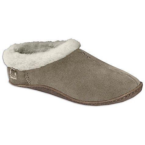 Entertainment On Sale. Free Shipping. Sorel Women's Nakiska Slipper DECENT FEATURES of the Sorel Women's Nakiska Slipper Suede upper Wool/acrylic blend lining Removable molded EVA comfort foot bed Natural rubber outsole The SPECS Weight: 7.2 oz / 204 g - $51.99