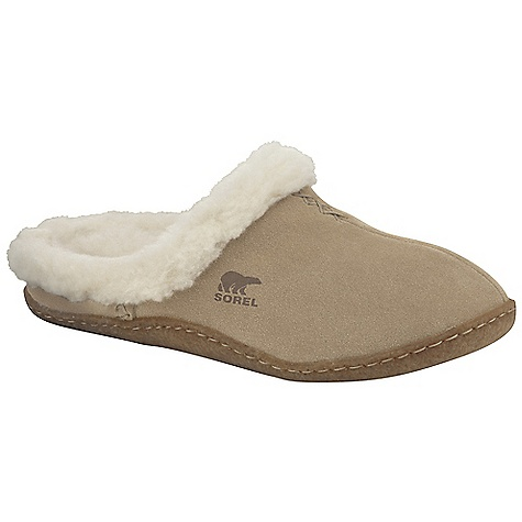 On Sale. Free Shipping. Sorel Women's Nakiska Slide DECENT FEATURES of the Sorel Women's Nakiska Slide Suede upper Wool/acrylic blend lining Removable molded EVA comfort foot bed Natural rubber outsole The SPECS Weight: 6.5 oz / 170 g - $38.99