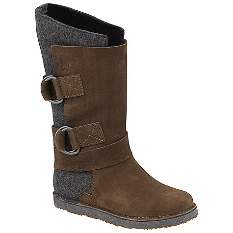 On Sale. Free Shipping. Sorel Women's Chipahko Felt DECENT FEATURES of the Sorel Women's Chipahko Felt Water and stain resistant wool upper with full-grain leather overlays Pressed felt midsole for cushioning Molded rubber outsole for durability The SPECS Weight: 22 oz / 623 g Shaft Height: 12in. / 31 cm - $128.99