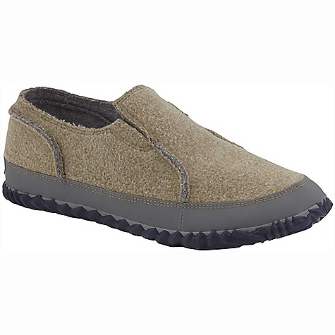 Free Shipping. Sorel Men's Sorel Felt Moc DECENT FEATURES of the Sorel Men's Sorel Felt Moc Wool felt upper Soft wool lining Removable molded EVA comfort foot bed Natural rubber outsole The SPECS Weight: 10 oz / 283 g - $79.95