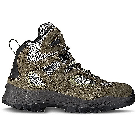 Camp and Hike Free Shipping. Vasque Kid's Breeze WP Boot DECENT FEATURES of the Vasque Kids' Breeze WP Boot Weight: Kids' 13: 1 lb 9 oz / 709 g Last: Vasque Kid Upper: 1.6mm Water Resistant Suede, Airmesh Footbed: Contoured EVA Outsole: Kids Contact - $69.95