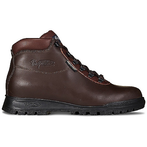 Camp and Hike Free Shipping. Vasque Men's Sundowner GTX Boot DECENT FEATURES of the Vasque Men's Sundowner GTX Boot Last: Sundowner Upper: 2.4mm Waterproof Smoothout Leather Footbed: Dual Density EVA Outsole: Vasque Classic Gore-Tex Weight: Size: 9: 3 lbs 6 oz / 1531 g - $179.95