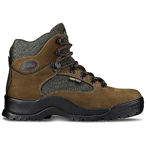 Camp and Hike Free Shipping. Vasque Men's Clarion GTX Boot DECENT FEATURES of the Vasque Men's Clarion GTX Boot Last: Clarion Upper: 2.4mm Waterproof Nubuck, Nylon Footbed: Dual Density EVA Midsole: Molded PU Outsole: Vasque Tri-V Lug Gore-Tex Weight: Size: 9: 3 lbs 1 oz / 1389 g - $169.95