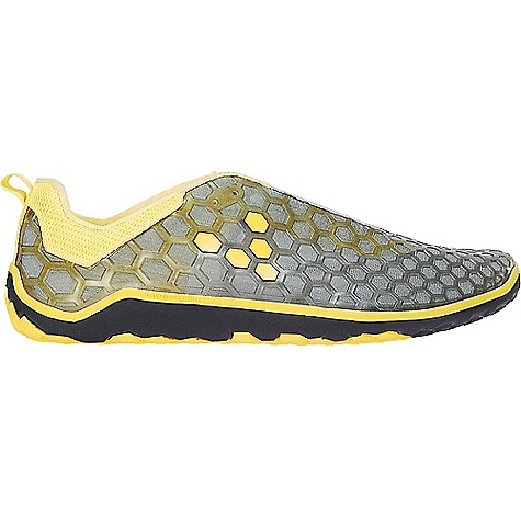 On Sale. Free Shipping. Vivo Barefoot Men's Evo Shoe DECENT FEATURES of the Vivo Barefoot Men's Evo Shoe Upper: Hex Flex Cage: Soft abrasion resistant PU cage for extra structure and protection with breathability Lacing: Lace-up System: Fasten securely with simple tie-up lace Collar / Panel and Lining: Hydrophobic Mesh: Non-toxic, breathable, lightweight, water-resistant thin mesh Insoles: Removable: 3 mm Pressed EVA Insole for additional thermal protection when necessary Insock: Removable: 3 mm Pressed EVA Insole for additional thermal protection when necessary Sole Construction: Multi-Terrain: Soft, high abrasion, rubber, ultra-thin sole designed with hex-flex directional grip control and a patented, puncture resistant layer Outsole Thickness: 5 mm: Offering maximum proprioception with protection on a multitude of surfaces Weight: 8.3 oz / 234 g Eco Credentials: 100% Vegan, Soles made from recycled rubber, Dri-lex performance lining with environmentally sustainable Sorona yarn - $102.99
