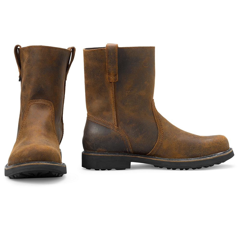 Entertainment Wolverine Heritage Pull-On Boots - The water-resistant leather upper and moisture-wicking Dri-Lex lining of these pull-on boots from Wolverine keep your feet drier, inside and out. Removable gel insole cushions your stride. - $159.00