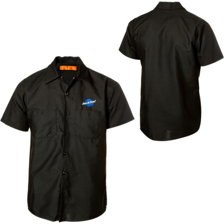 Fitness The Park Tool Mechanics Shirt is equally at home at the dinner table or behind the repair counter at the shop. Two pockets and a wrinkle-free polyester/cotton blend keep you stylin all summer longas long as the pits pass the smell test in the morning. - $29.95