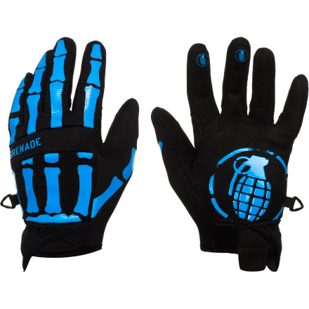 When the sun is shining and the park is on point, give your little shredder the Grenade Skull Shred Kids' Glove and let him show you how the kids are doing it these days. - $23.97