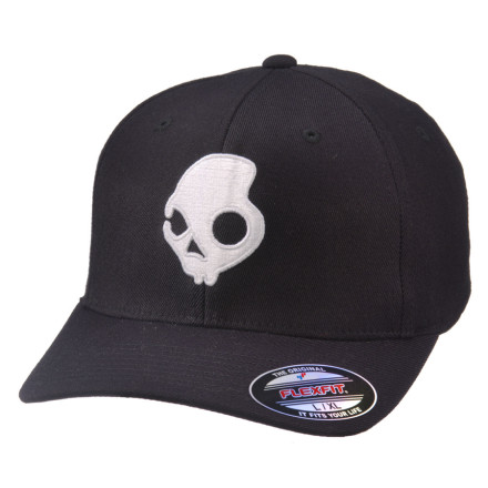 Sports With slick style that stands out but is clean enough to wear everyday, the Skullcandy Skulldaylong X-Fit Hat features a bold contrasting skull logo and solid colors that you'll never tire of. This Flex-Fit cap has a functional curved brim and the right amount of stretch to accommodate any sized dome out there. - $16.87