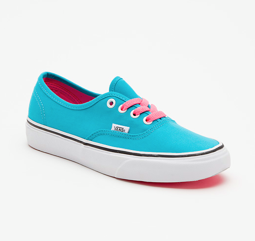 Entertainment Pop Lace Authentic  - Bluebird http://ow.ly/fss9e