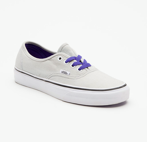 Entertainment Pop Lace Authentic - High Rise Grey http://ow.ly/fssi6