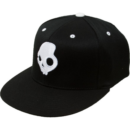 The Skullcandy SkullDayLong J-Fit Hat lets you rock the dope flat-brim fitted look without having to buy another lid whenever you get a haircut. The stretchy Flexfit construction adapts easily to seasonal changes in your mop-top's volume. - $27.95