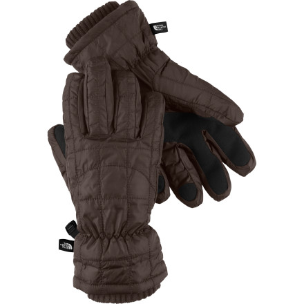 When the decorations start going up in Rockefeller Plaza and the season's first chill enters the air, the time for The North Face Women's Metropolis Glove has arrived. - $38.97