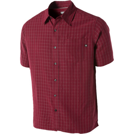 No matter where you're kicking back at a campground, dock, backyard deck or neighborhood sports bar,the soft, sanded midweight fabric in the Marmot Men's Eldridge Short-Sleeve Shirt will have you feeling as relaxed and comfortable as you look. The casual, versatile style on this plaid button-down blends well with anything from pressed chinos to your most broken-in baggy shorts, while the shirt's UPF 30 protection comes in handy on long days outdoors. - $54.95