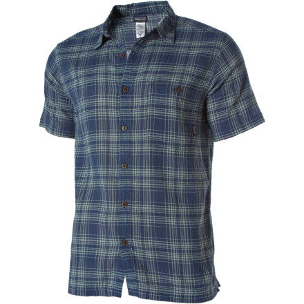 The Patagonia Men's A/C Short-Sleeve Shirt features a fine organic cotton weave that acts like air con for your skin when the weather's hot. This regular-fit shirt's collar won't curl in humid weather, and a straight hem with side vents looks good tucked in or left out. - $75.00
