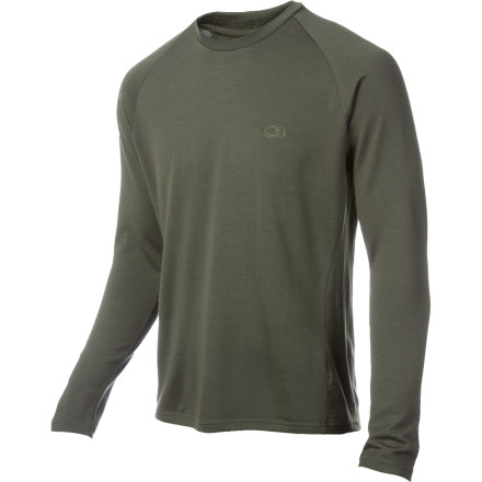 Ski The Icebreaker Men's 2-Tone Long-Sleeve BodyFit260 Crew offers some much-needed style in base layer fashion, not to mention it's made of 100% Merino, the best natural fiber for temperature regulation in the world. Merino has some incredible advantages over synthetic fabrics: it keeps its heat-retaining properties when wet, prevents body odor build-up better than any chemical treatment, offers expedition-weight warmth at half the bulk, and rivals many synthetics in breathability. Use the Icebreaker Crew as a base layer when skiing or as a shirt for cool fall and spring activities. Make no mistake, merino is not the wool of yesterdaythough it has wool's incredible heat-retaining qualities and breathability, it lacks the scratchiness and discomfort you remember from years ago. - $89.95