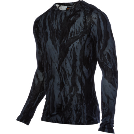 As you silently skin up the trail to snag fresh turns, the lightweight merino wool Icebreaker BodyFit+200 Oasis Ice Camo Crew helps keep you warm and dry. Its icy face graphic also ensures post-touring beer nabs before anyone even knows what happened. - $58.47