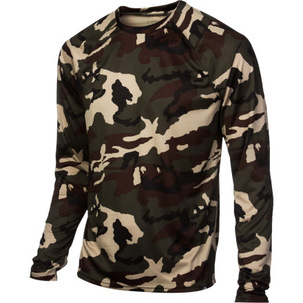 Skip the soggy T-shirt feel and step to enjoy the high-tech goodness of The North Face Skull Horn Camo Crew Top. This ulta-quick-wicking baselayer helps keep you dry so when you peel off your jacket at the end of the day, you don't look like you took a bath in your own sweat. - $32.47