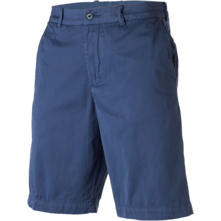 Surf Grab your mates and head for the coast with the clean and classic style of the Quiksilver Edition Down Under Short. Soft peached cotton twill, welted pockets, and subtle logo accents keep the Down Under streamlined and casual. - $30.25