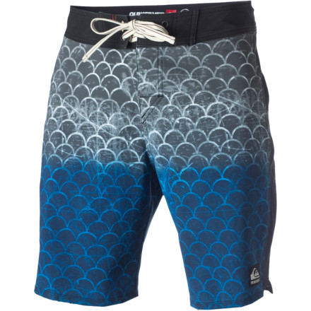 Surf For the waterman who demands classic style with modern performance, the Quiksilver Cypher Ando Flint Board Short is here. - $38.23