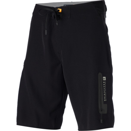 Surf The Quiksilver Paddler Board Short keeps you comfortable as you navigate your stand-up board off into the sunset. Built with four-way stretch Diamond Dobby fabric, the Paddler keeps you comfortable during hours of paddling and enjoying the waterfront breeze. - $45.18