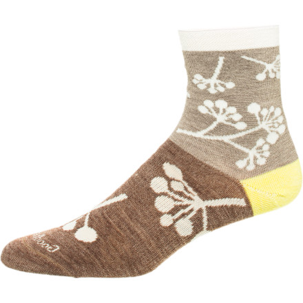 The roll-down cuff of the Goodhew Women's Twig Rolltop Sock gives a unique look to your sock collection, but it's how the blend of natural and synthetic performs that really makes your foot happy. - $9.57