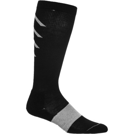 Instead of being so sore the morning after a tough workout that you can hardly walk, wind down in the SIGVARIS Women's Athletic Recovery Sock. Recovery-specific compression increases blood flow, cuts down on lactic acid flush times, and ultimately provides a quicker recovery. - $39.95