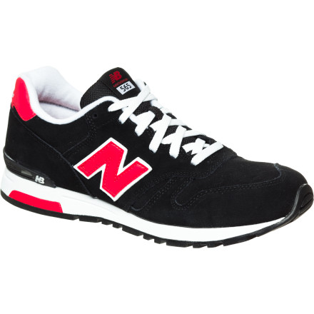 The New Balance 565 Shoe brings retro style to your modern get-up. Legendary New Balance comfort is ready to escort your foot from morning through till night. - $55.96