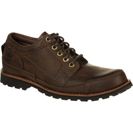 Made with quality full-grain leathers and eco-friendly materials, the Timberland Men's Earthkeepers Original Oxford Shoes deliver exceptional comfort and support while you kick around town. Anti-fatigue technology reduces soreness when you're on your feet all day, and eco-conscious Green and Gripstick rubber outsoles handle wet lawns and slippery leaf-covered sidewalks. - $77.97
