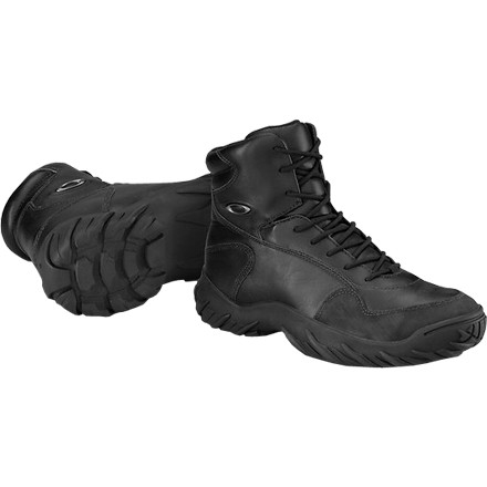 Camp and Hike The durable Oakley Men's SI Assault Boot is the civilian version of what Oakley developed for the U.S. Elite Special Forces. Wear these lightweight, athletically inspired boots whether you travel stealthily through your workplace halls or through the dense forest. Six-inch uppers keep your ankle stable on uneven terrain or when you leap off walls. Moisture-wicking liners treated with an antimicrobial mean your feet will stay dry and odor-free whether you wait tables in them or sneak through the jungle. Midsoles absorb shock on your midtown walk or as you traverse talus and scree. A high-traction outer sole grips both wet and dry floors and rocky trails. - $129.47
