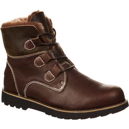 Australia is home to some of the world's most beautiful scenery but not without harsh weather and terrain on the approach to said scenery. The Emu Men's Brunswick Boot reflects both the beauty and the relentless weather found in Australia to equal a boot that won't go unnoticed on the town but can hold its own in the wild. - $203.11
