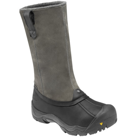 City slickers, mountain men, and pretty much everyone in between all agree that the KEEN Incline High Boot is one tough hombre. Dual layers of natural and synthetic insulators, a waterproof breathable membrane, and a manly looking upper that's taller than treeline all conspire to show the elements who's boss. - $67.48