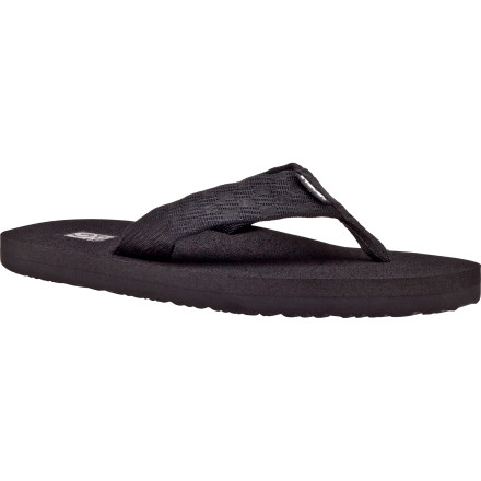 Surf Shipped in a biodegradable bag with a biodegradable plastic hanger the Teva Mens Mush 2 Sandal makes your eco-friendly girlfriend super happy. It also helps that the Mush is damn comfortable and gives you the arch support you need for strolling with your gal. - $19.96