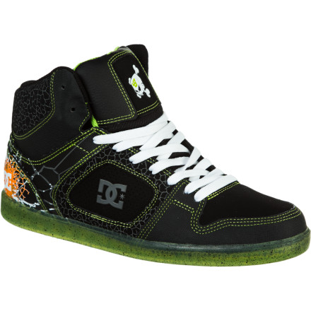 Skateboard Drop bombs in the DC KB Union HI SE Men's Skate Shoe. The padded high-top collar gives you ankle support so you can land big gaps, and cupsole construction and an EVA footbed cushion your heels when you have to bail. - $60.00