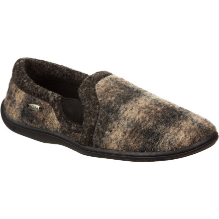 Entertainment Show your toes that you care about their well-being by sliding them into the plush Acorn Men's Davin Gore Moc Slipper. - $32.97
