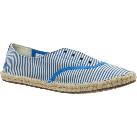 Surf Slip on the Reef Women's Sunset Shoe, grab your partner and your bikes, and head to the beach for a spectacular sunset. This easy-to-wear shoe features a mattress-inspired quilted PU foam footbed to keep you plenty comfortable while you peddle like mad to catch the sun dipping into the ocean. - $25.98