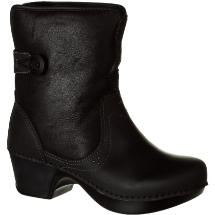 Talk about versatile, cozy, comfy style: the Dansko Women's Harper Boot is irresistible. With a supersoft oiled leather upper filled with warming sheep-skin lining, it has upper-crusty looks; but the comfort of a memory-foam footbed and supportive construction is quotian-sensible. Add to that the options of a revealing roll-down style or higher, close-in profile, and you have any occasion covered. - $107.97