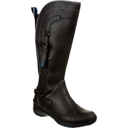The Jambu Women's Colorado Vegan Boot uses animal-friendly materials and quality construction to give you a high-fashion feel, total comfort, and a clean conscience. This boot will bring an edge to your style whether you're rocking them over jeans or under a skirt. - $89.37