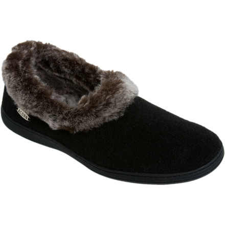 Entertainment The Acorn Women's Chinchilla Collar Slipper is so elegant, you may be tempted to pair it with an old-fashioned smoking jacket; on the other hand, they're so comfy you may choose your favorite fleece instead. This plush Acorn slipper features a stylish Italian upper and luxurious chinchilla fleece wrapping from the inside around the low collar for classic good looks. It also has a memory foam midsole, EVA cushioning, and raised arches to comfort and support your foot. A weatherproof outsole means you can run outside to grab more wood for the fire and not slip on ice or a wet deck. - $35.96