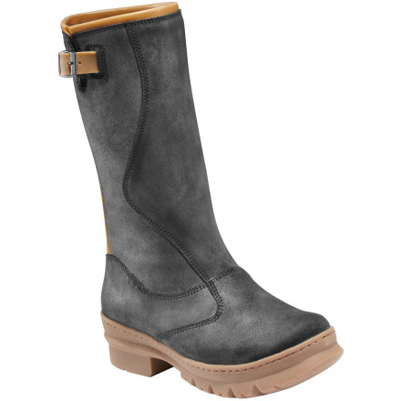 Fitness Slide on the KEEN Women's Willamette Boot when you're about to attend a soccer or football game, go to one last barbecue before the leaves are all gone, or run errands in less-than-ideal weather. - $90.97