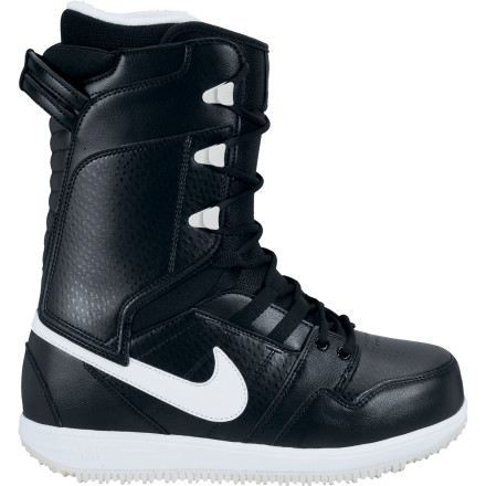 Snowboard Built upon the idea of the Kaiju boot and reinvented for woman rider who seeks comfort as well as performance, the Nike Women's Vapen Snowboard Boot features the perfect flex for both freeriding and jibbing. - $125.97