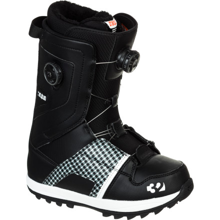 Snowboard Delivering the same comfort, style, and mid-flexing support as the popular Lashed but with dual-Boa closure, the ThirtyTwo Women's Binary Boa Boot has the right stuff for storming the park as well as plenty of support to bring you from the peak to the parking lot. - $149.97