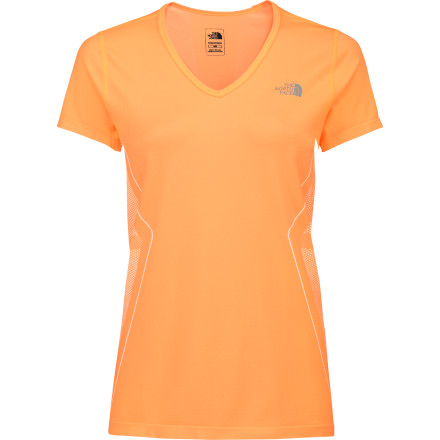 Fitness Sometimes a stressful day calls for a run in the morning followed by a bike ride in the evening. Featuring moisture-wicking fabric, body-mapped ventilation, and seamless construction to help eliminate chafing, The North Face Women's Daily Double Seamless Shirt is an ideal companion for those days when you need to double dip on the training. - $22.48