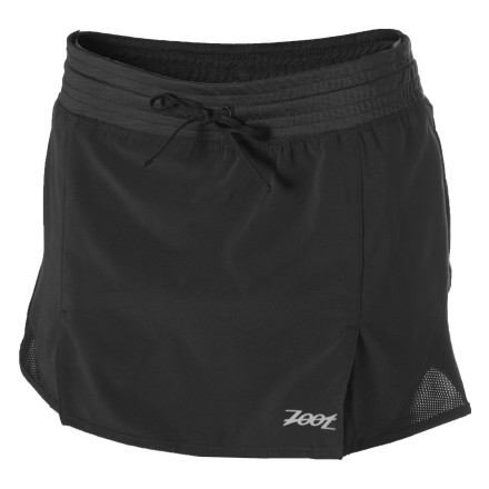 Fitness Enjoy the on-trail comfort and go-everywhere design of the ZOOT Women's Performance Run Skirt. Built with a supportive compression short underneath and a stretchy, fun skirt on top, this skort gives you the best of both worlds. - $27.48
