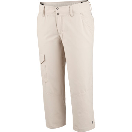 The classic fit and regular rise of the Columbia Women's Silver Ridge Capri Pant makes it seem like your average capri, but the stretchy, technical fabric offers greater mobility, moisture transfer, and protection from harmful sun light for the adventurous type. - $22.48