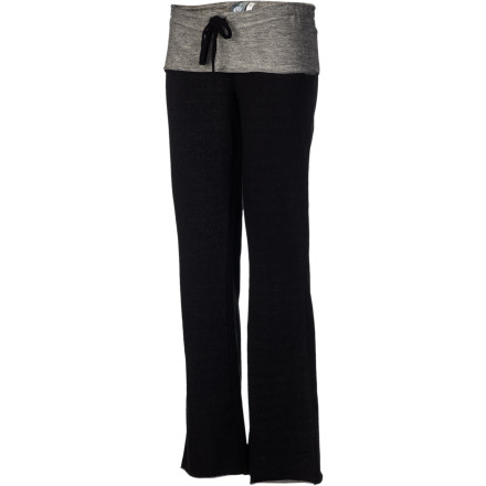 Fitness The skin-tight jeans you squeezed into this morning may have looked sexy, but now you just want to peel them off your body and slip into the feel-good comfort of your Rip Curl Women's Offshore Pants. These soft lounge-around bottoms keep your legs feeling good whether you're chilling at home, heading for the gym, or making a quick run to the store. - $30.77