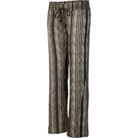 Surf The Rip Curl Women's Getaway Beach Pant is great for post-surf hangouts around the fire or for those times when you wish you were at the beach but have to settle for chugging daiquiris at home as you listen to calypso and pretend you're by the ocean. - $37.77