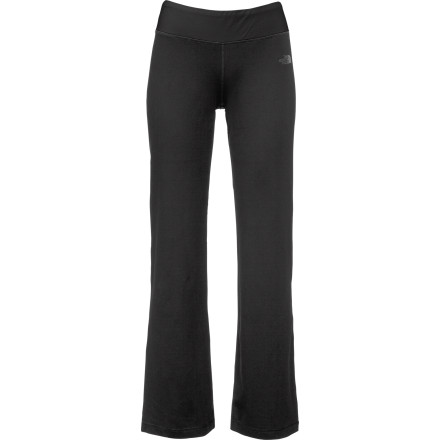Fitness The North Face Women's Tadasana Salutation Pant gets you motivated for yoga class, thanks to stretchy fabric, a loose cut, and a flattering fit. - $35.72